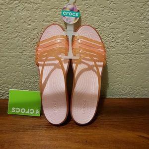 Brand New Women Crocs in excelente condition